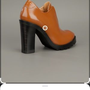 Gorgeous Acne ankle boots-ladies size7. Worn once!